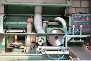 Zaagmachine-schrijnwerkerij-Verhoeven-Gent